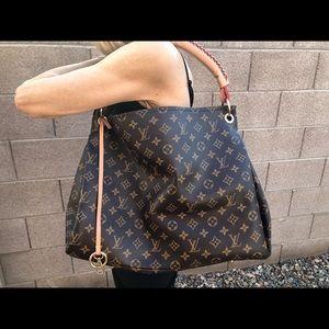 Handbags - Artsy style bag